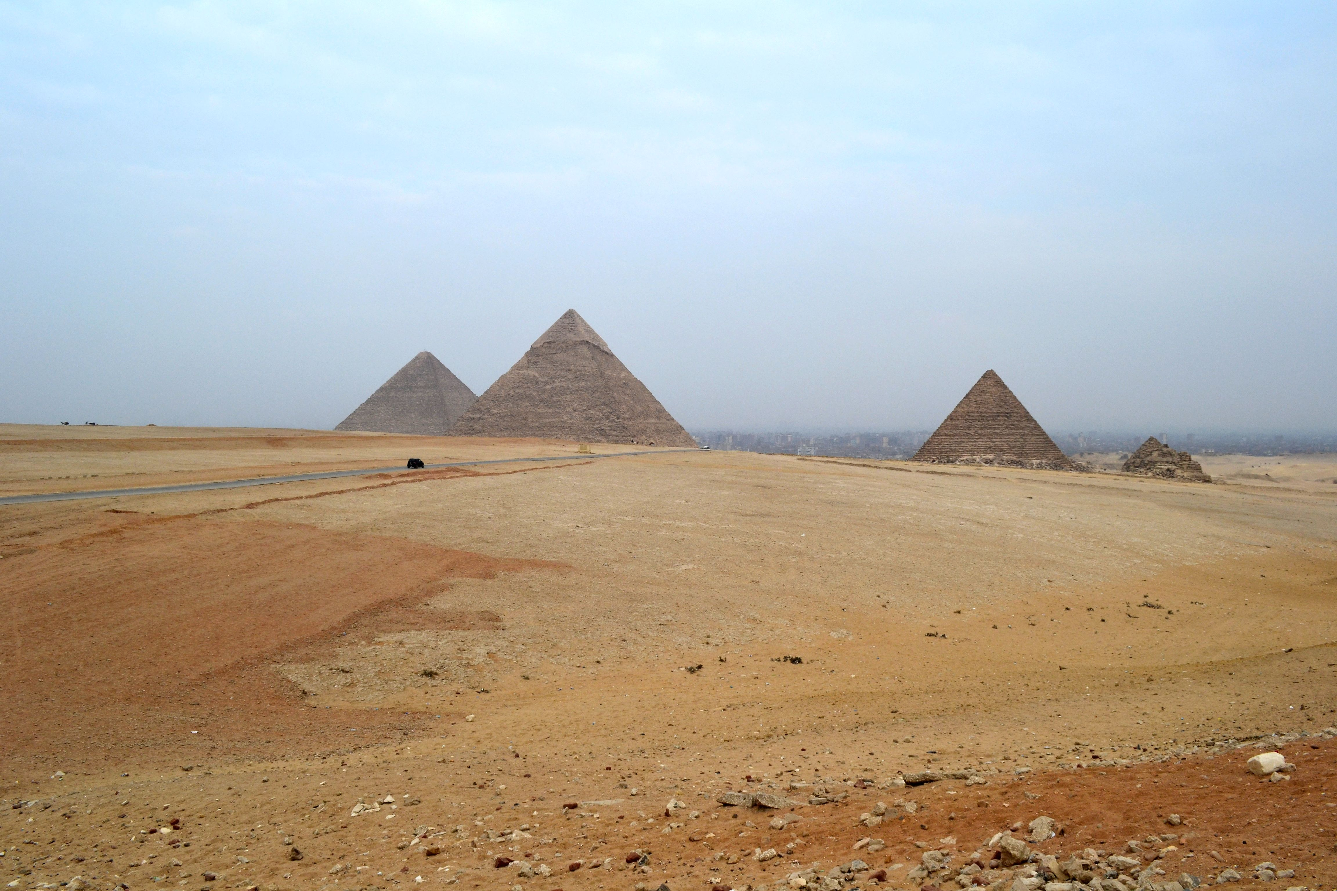 the great pyramids of giza essay Essay on khufu: great pyramid of giza and solid limestone blocks great pyramid is the oldest and largest of the three pyramids at giza and was made with more than 2 million solid limestone blocks.