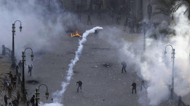 """""""Black Bloc"""" members protesting on the front lines on January 25th."""