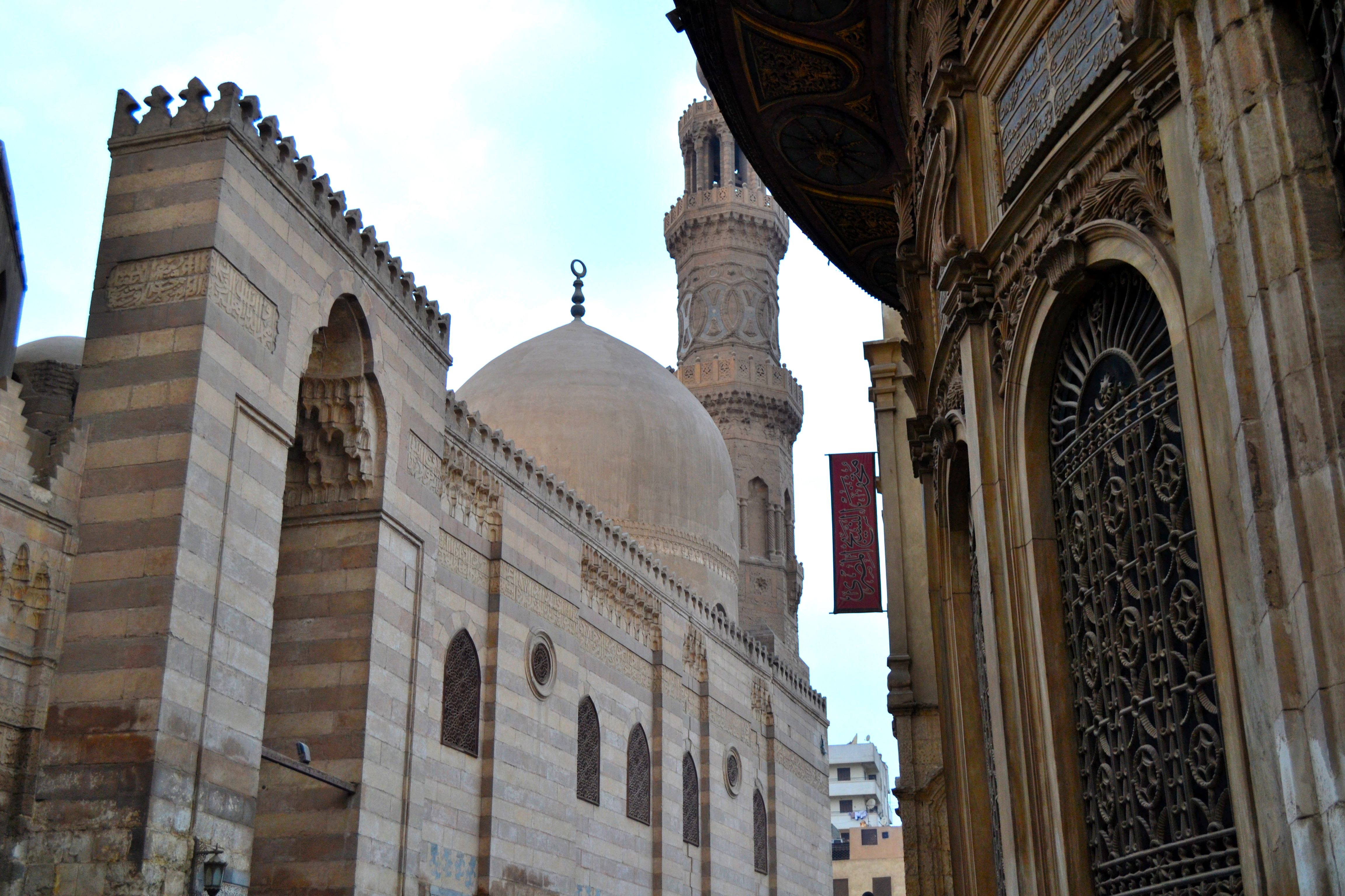 This ottoman period mosque is located across the 14th-century madrasa