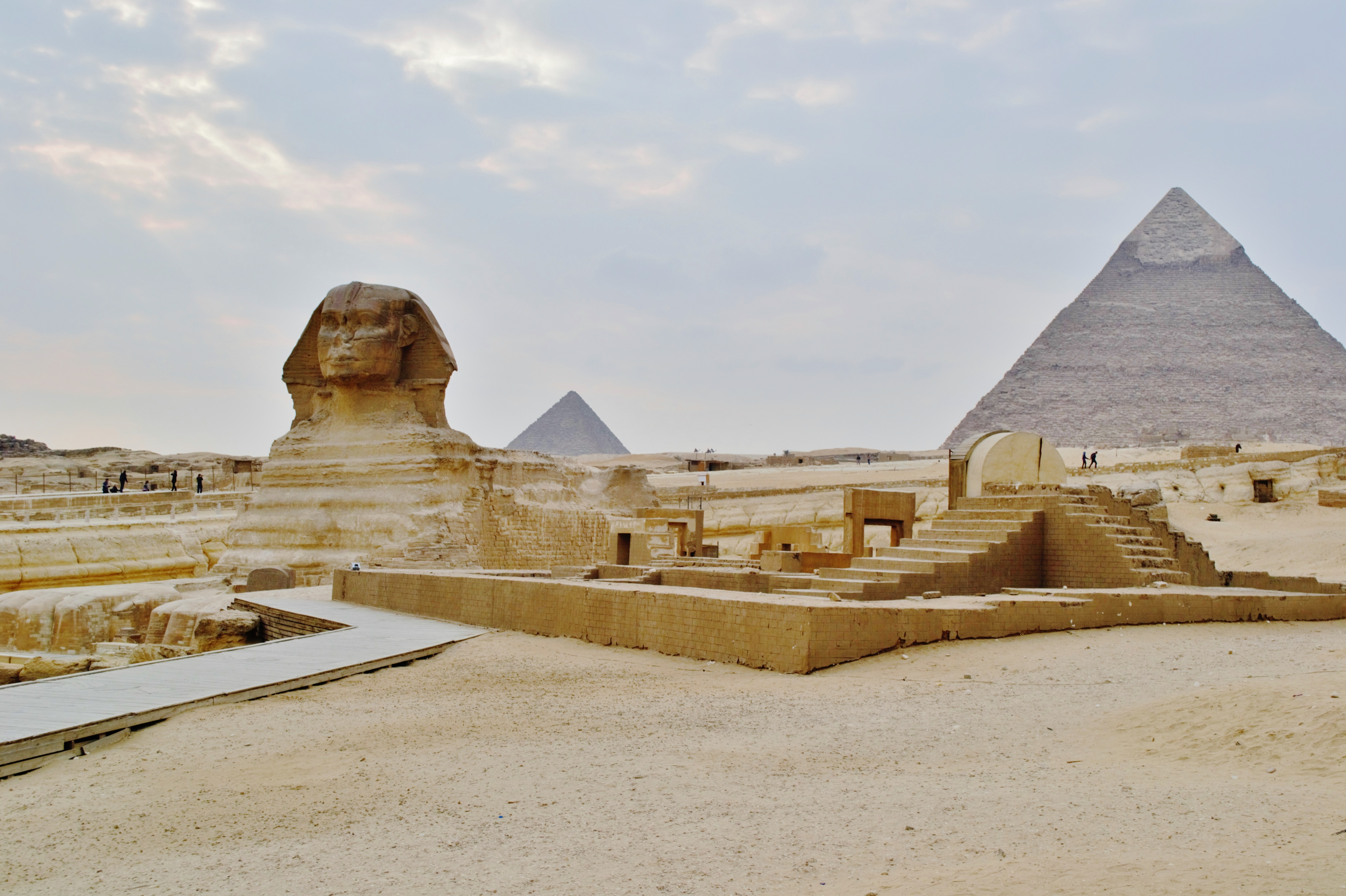 Qatar would like to 'rent' all of Egypt's monuments, historical sites, and antiquities.