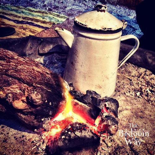 bedouin-way-tea-on-fire