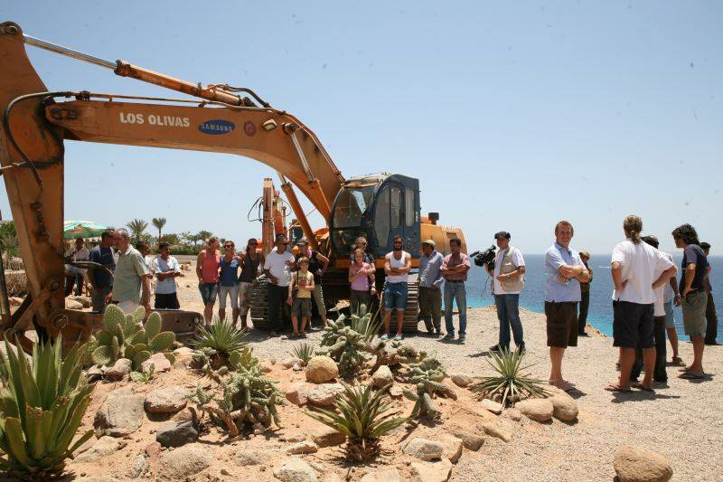 Locals in South Sinai hold a protest to prevent heavy machinery from operating