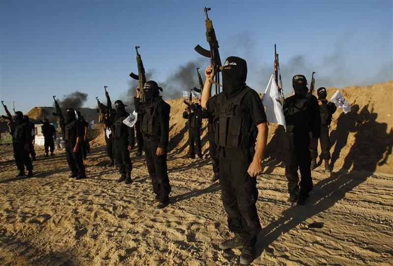 Islamist Militants in Arish, the capital of Egypt's governorate North Sinai. Photo: Reuters.