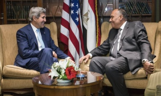 US-Secretary-of-State-John-Kerry-left-meets-with-Egypti