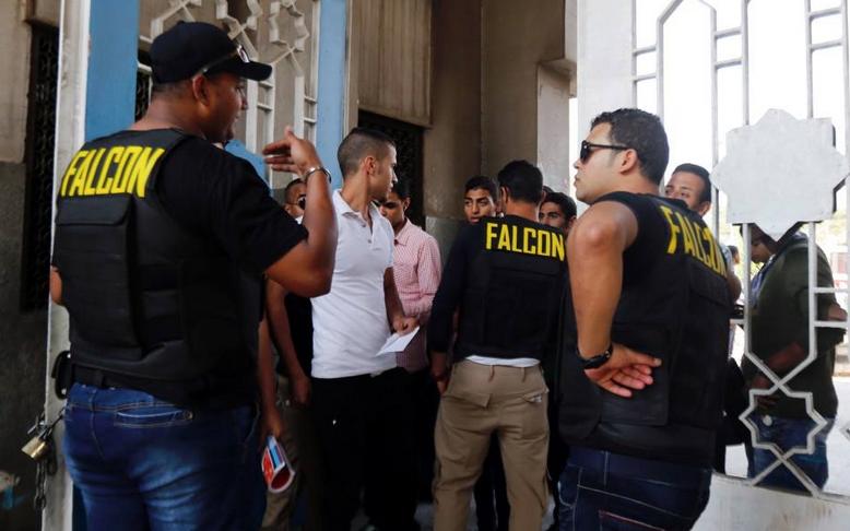 Security at the main Al-Azhar University gate. Credit: Amr Abdallah