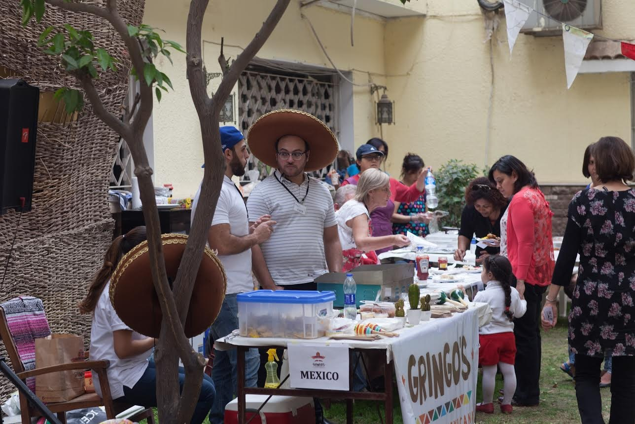 Many local businesses, such as Gringos Burrito Grill, were eager to take part in the event and support the local community. A total of 16 vendors representing more than 10 countries offered up samples of tasty cuisine at the event.