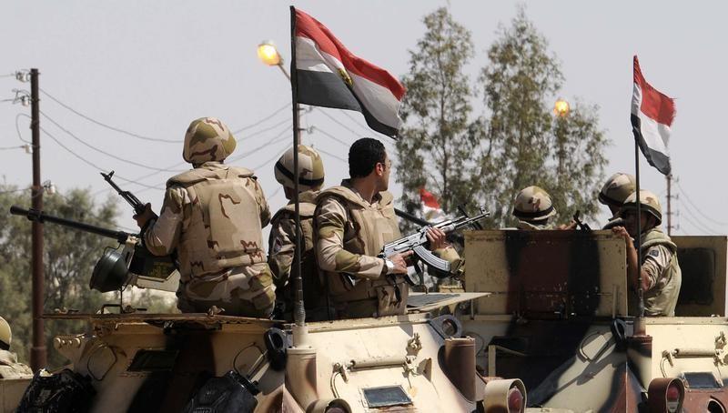 مقتل 33 جنديا على الأقل في هجومين بشمال سيناء وفرض الطوارئ