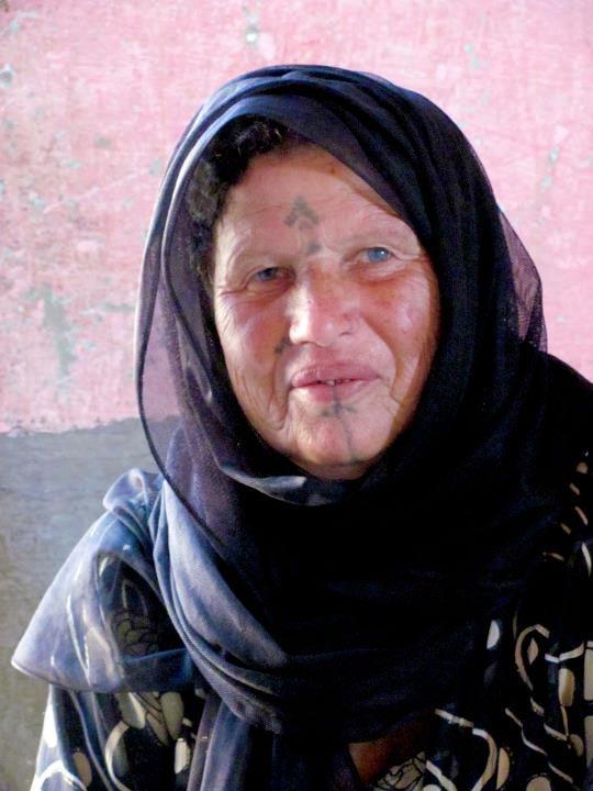 Rose, Amm Saleh's wife