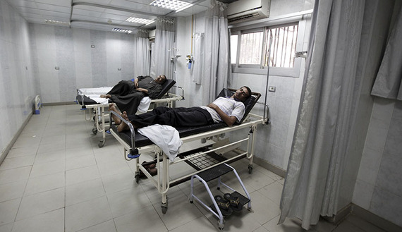 Patients wait to see a doctor at a public hospital in Cairo, Oct. 2, 2012.  Credit: Amr Abdallah Dalsh/ Reuters