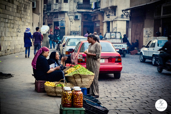 Vegetable vendors at al-Moez street. Credit: Yasmen Refaat El-Shaa'rawy/ Behance
