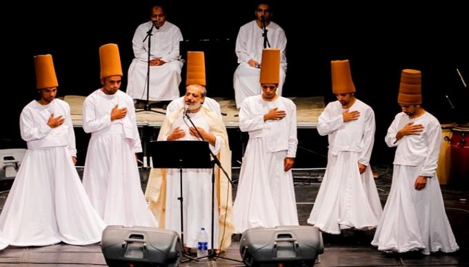 Eltony and the Mawlawiyya al-Masriyya troupe chanting Sufi poetry