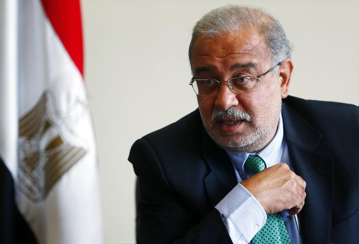 Egypt's Petroleum Minister Sherif Ismail talks during an interview with Reuters on investments undertaken by his country, which is facing an energy crisis, at his office in Cairo September 22, 2014.  REUTERS/Amr Abdallah Dalsh