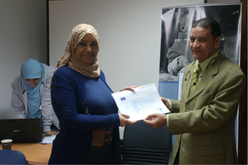 Trainees from governmental institutions who completed training on working with street children