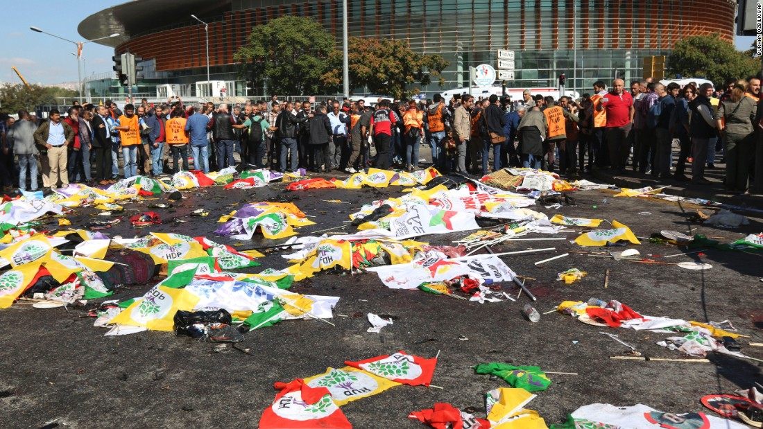 Victims' bodies covered with HDP flags. PHOTO: CNN