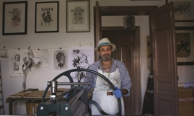 Fadi Mogabgab getting his hands dirty with etching artwork. Courtesy: Beirut Art Fair