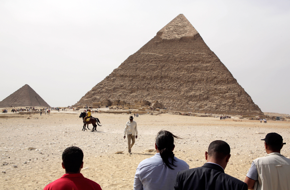 Morgan Freeman at the Pyramids in October 2015 (Credit: AP)