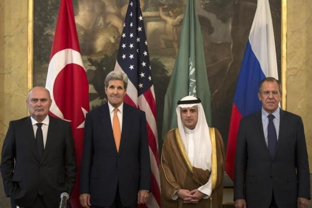 Turkish Foreign Minister Feridun Sinirlioglu (L), U.S. Secretary of State John Kerry (2nd L), Saudi Foreign Minister Adel al-Jubeir (3rd L) and Russian Foreign Minister Sergey Lavrov pose during a photo opportunity before a meeting in Vienna, October 23, 2015. Credit: Carlo Allegri/ Reuters