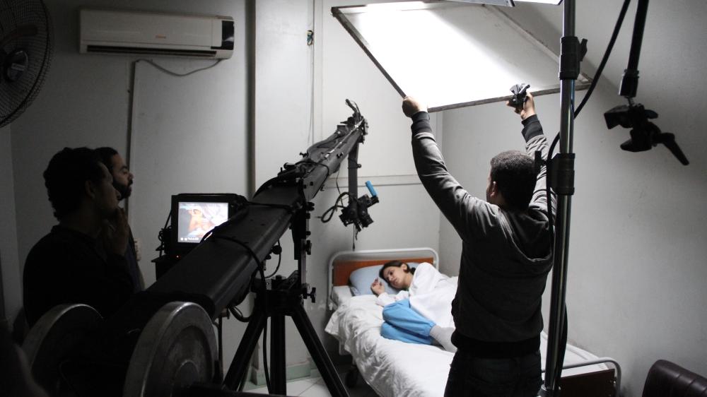 Actress Fatma Kamal during on-set shooting. Source: Fi Youm website
