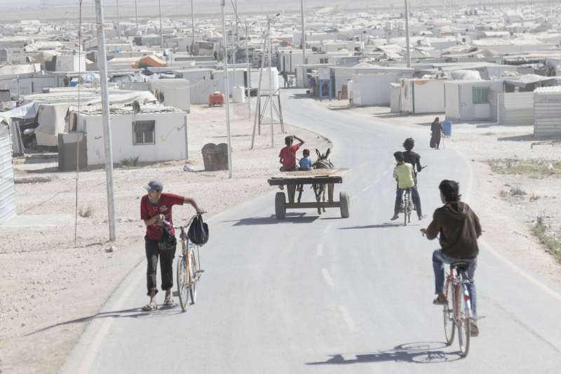 View over Za'atari Refugee Camp in Jordan housing over 80,000 Syrian refugees. Photo: UNHCR