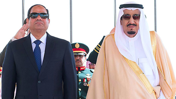 Egypt's President Sisi meets Saudi King Salman in March 2015.
