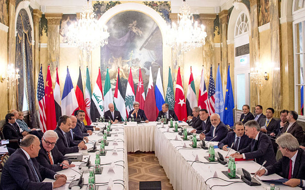 World leaders and diplomats discussing the Syrian situation in Vienna, October 2015