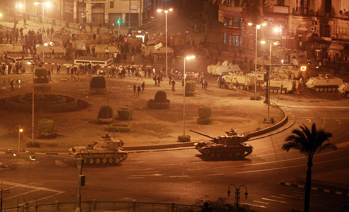 Egyptian Army tanks roll into Tahrir Square as Mubarak's government attempts to quell demonstrations. Photo: Peter Macdiarmid, Getty Images