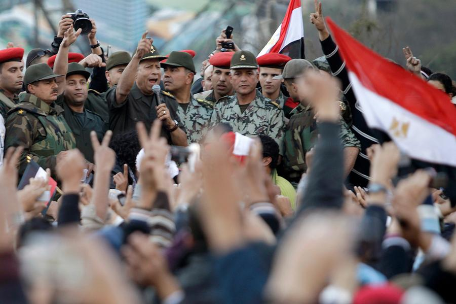 An Egyptian army commander, Hassan al-Roweny, addresses protesters in the opposition stronghold of Tahrir Square, in Cairo February 10, 2011. Photo: Suhaib Salem, Reuters