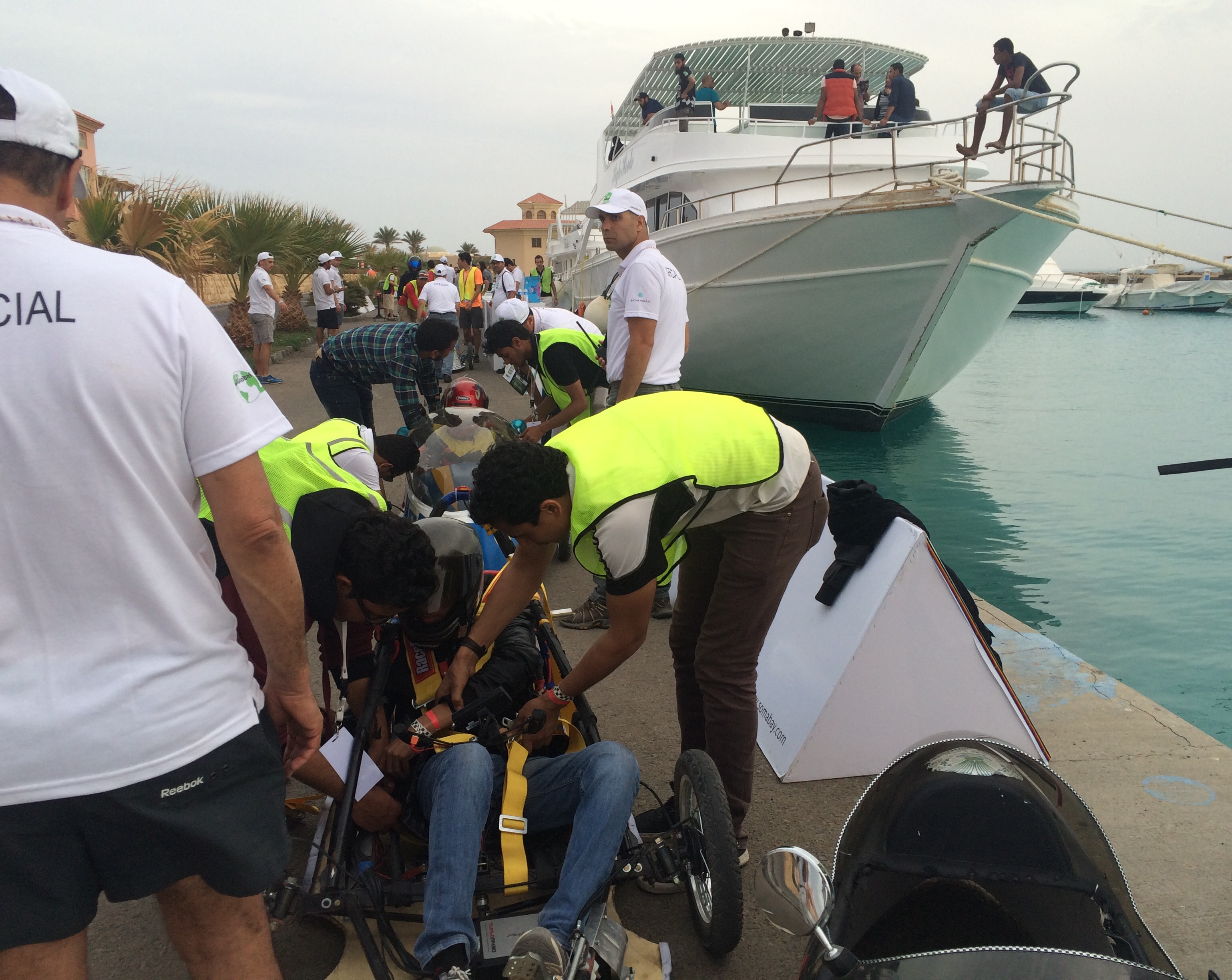 Changing drivers during the second race. Photo: Aya Nader
