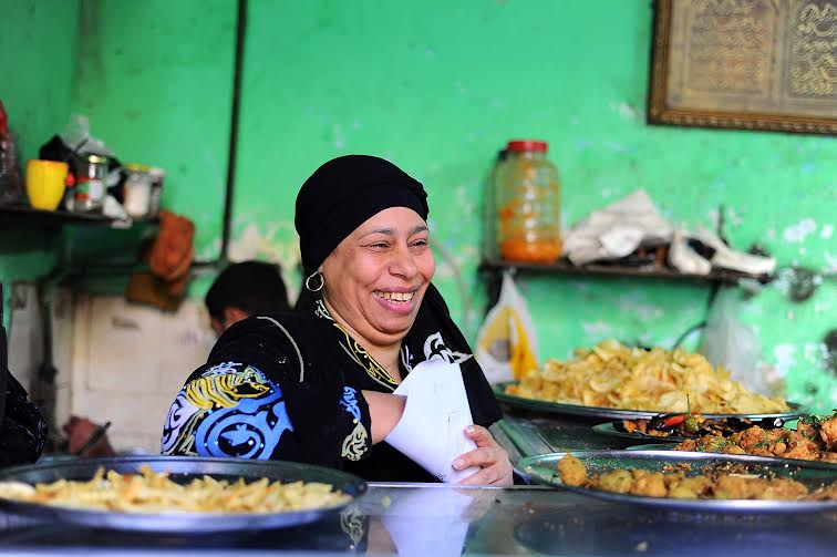 Aunt-Franca-the-woman-behind-Moez-Street's-most-popular-falafel-and-fuul-9