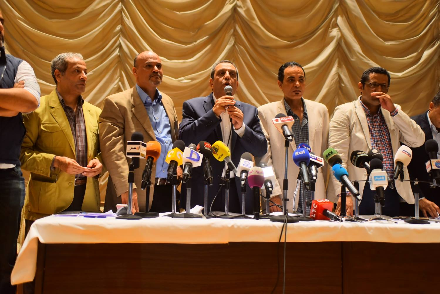 Emergency assembly meeting at Egypt's Press Syndicate on Wednesday, April 4, 2016. Photo: Aswat Masriya