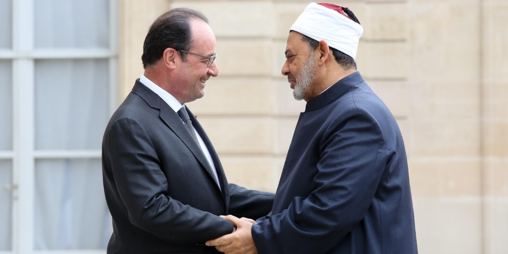 French President François Hollande and Grand Imam of Al-Azhar Sheikh Ahmed Al-Tayyeb meet in Paris on Tuesday, May 24, 2016. Photo: French Presidency