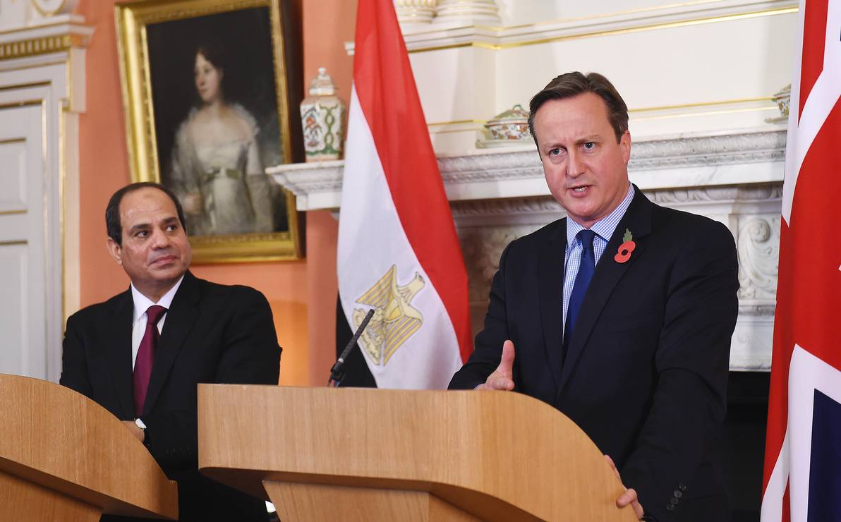 Britain`s Prime Minister David Cameron (R) speaks during a news conference with Egypt`s President Abdel Fattah al-Sisi at Number 10 Downing Street in London, Britain, November 5, 2015. Photo: Andy Rain / Reuters