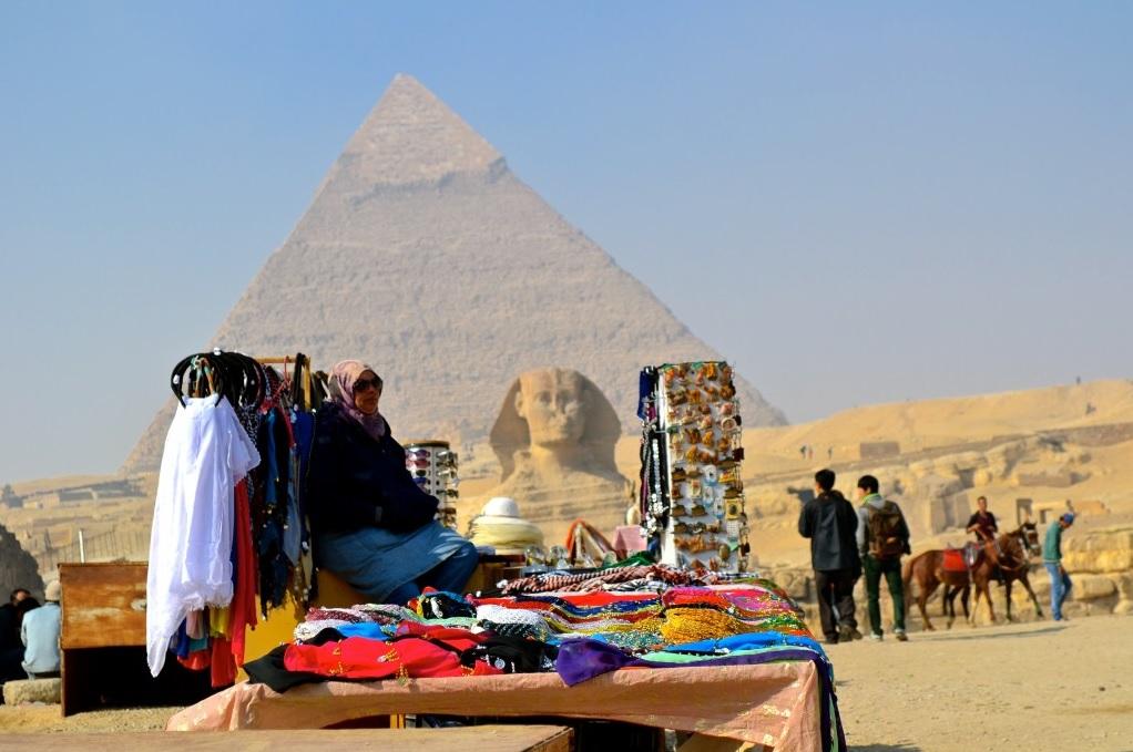 pyramidstourists