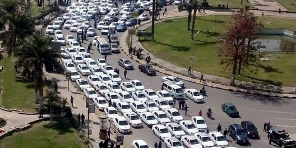 A taxi protest shut down roads in Cairo. Credit: Rana El Zahaby
