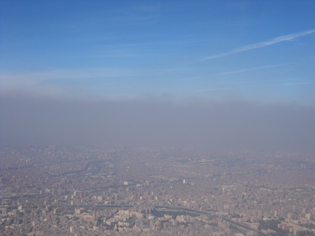 air pollution shortens the life of egyptians by almost two years