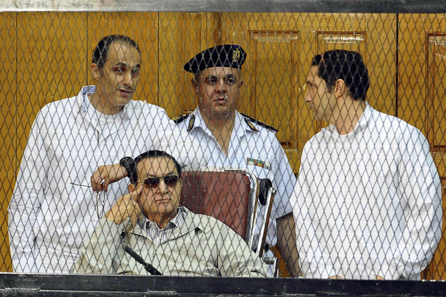 Egyptian court orders arrest of Mubarak's sons over stock market manipulation