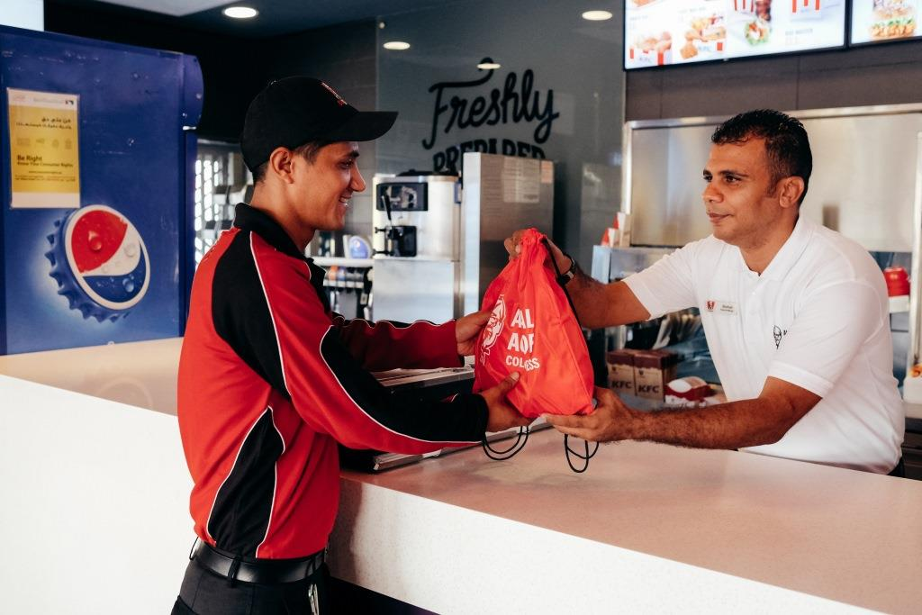 Kfc Encouraging Egyptians To Extend Acts Of Kindness To Delivery Drivers Egyptian Streets