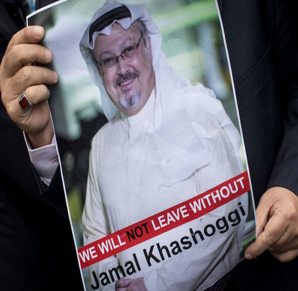 Saudi king calls Erdogan as Khashoggi fallout widens
