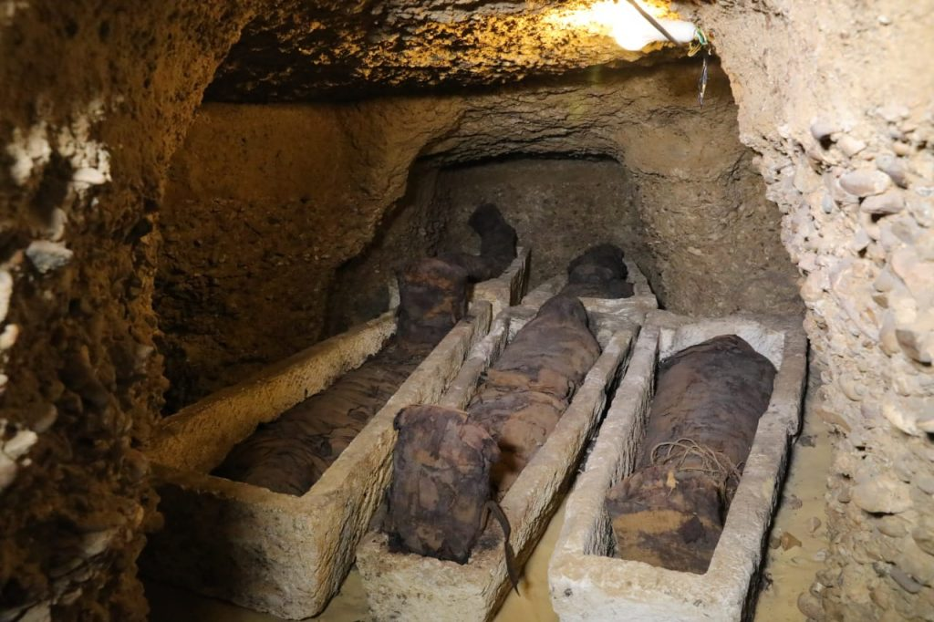 First Discovery Of 2019 50 Mummies Found In Minya Tombs