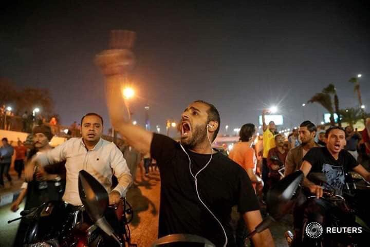 In rare protests, Egyptians demand Sisi step down